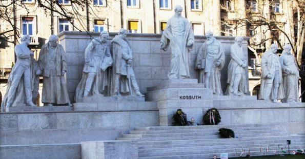 Bánhegyi Ferenc: Magyarország történelme a szobrok történetén keresztül